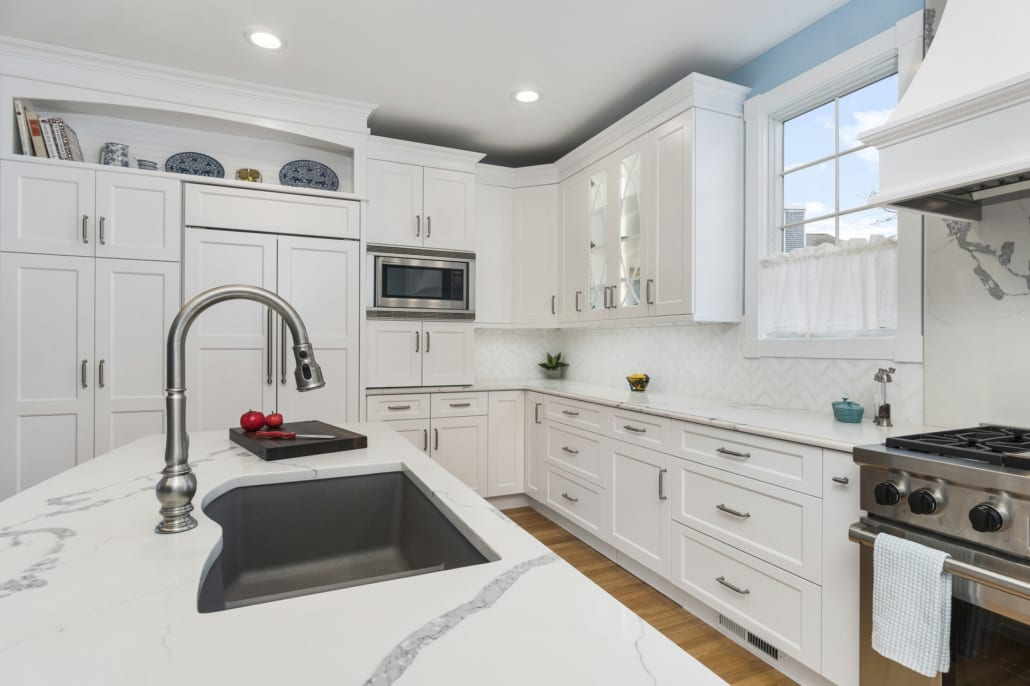 Classic White Chef S Kitchen Rhode Kitchen Bath Design Build