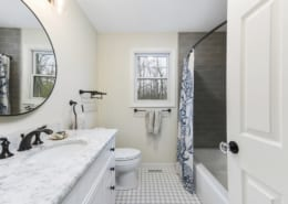 Timeless-Traditional-Bathroom-Daltile