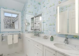 Traditional-Quartz-Kids-Bathroom