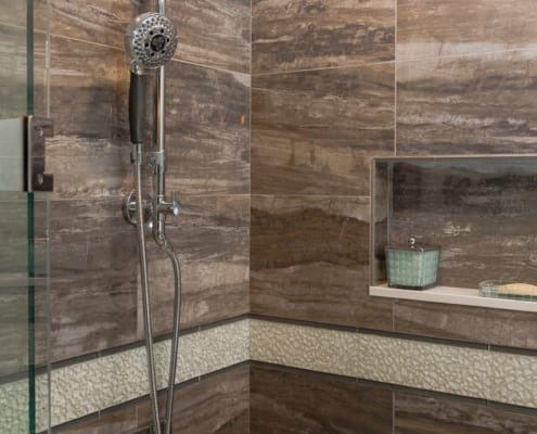 Tranquil-Master-Bathroom-Daltile-River-Marble
