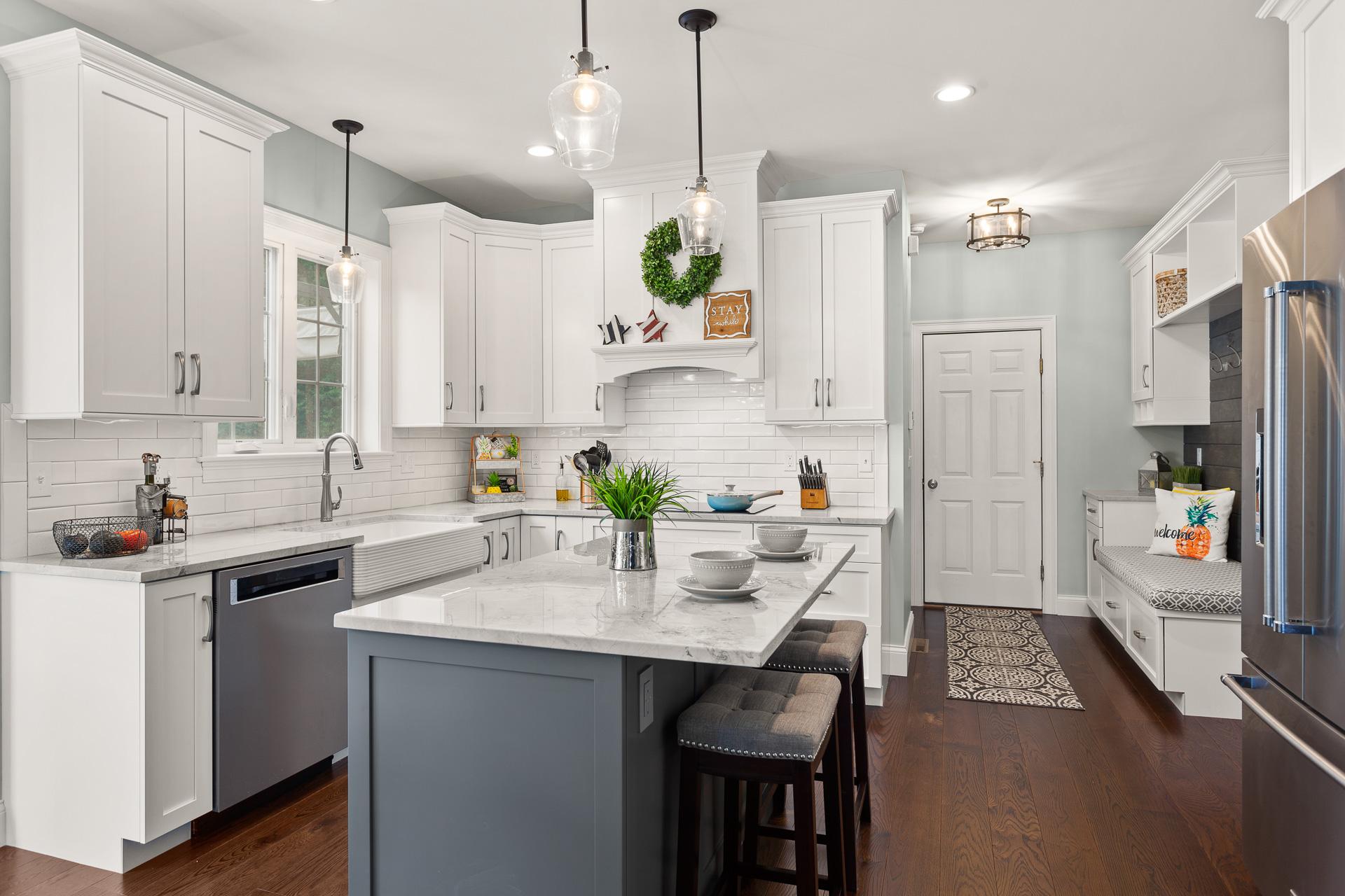 Modern Farmhouse Style Kitchen - Rhode Kitchen & Bath ...