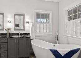 Luxurious Narragansett Master Bathroom