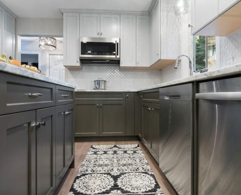 Stylish Two Toned Kitchen