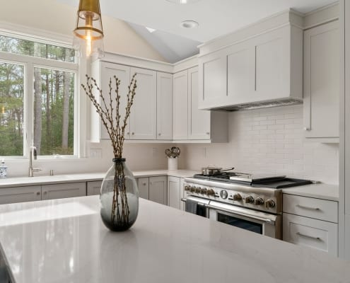 Traditional-Foxboro Kitchen Oyster White