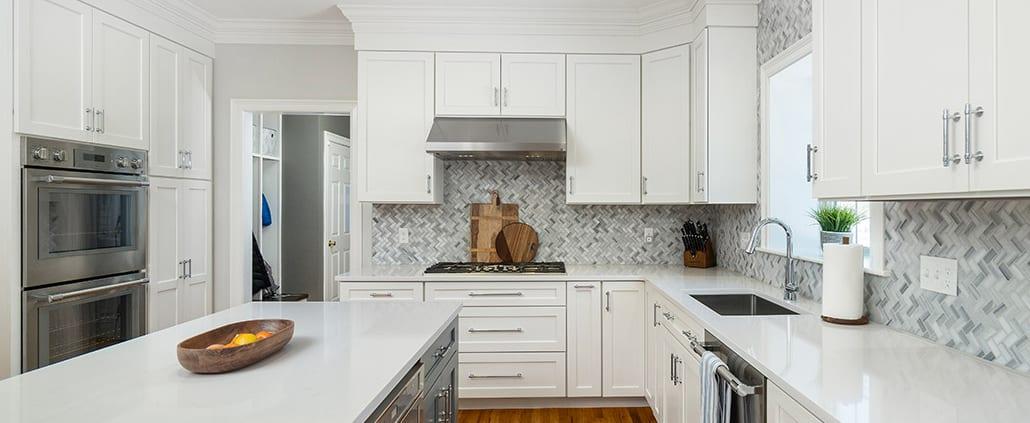 modern-tuxedo-kitchen