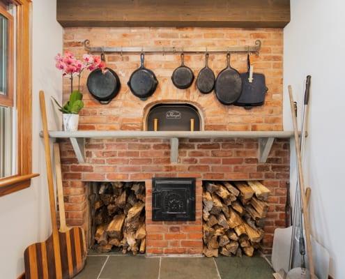 brick-oven-baking-room