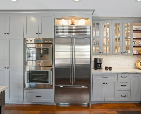 glass-front-cabinets
