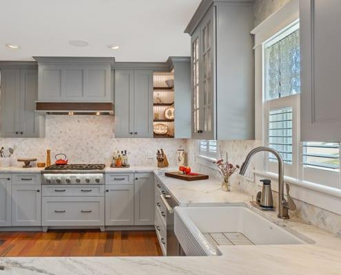 modern-farmhouse-gray-kitchen