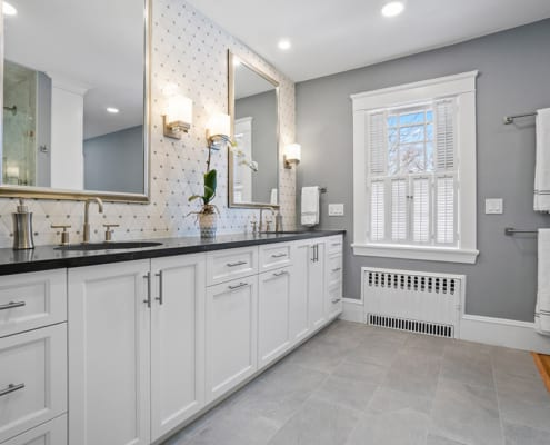 transitional-bath-historic-home